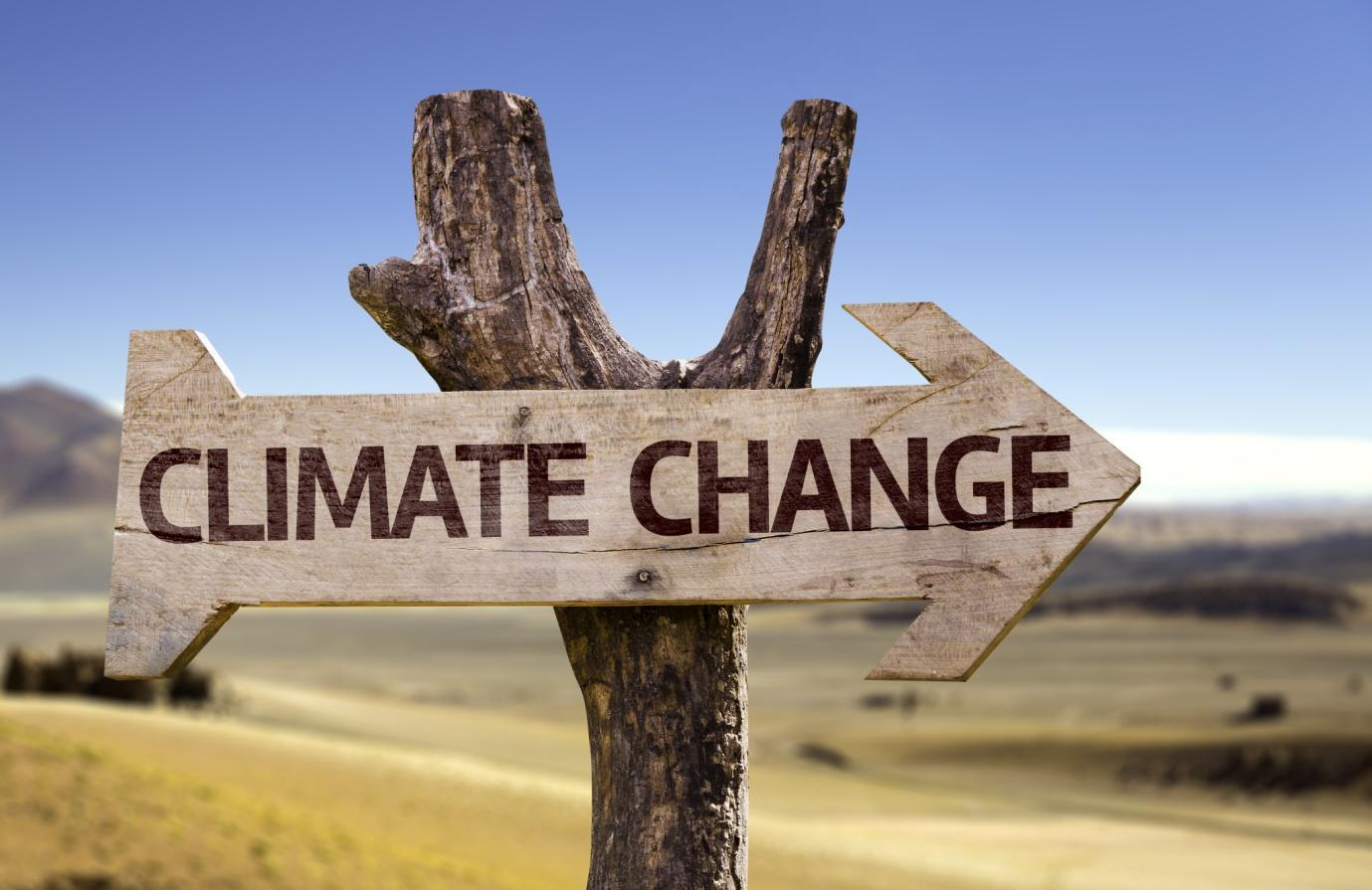 Climate Change written on an arrow sign
