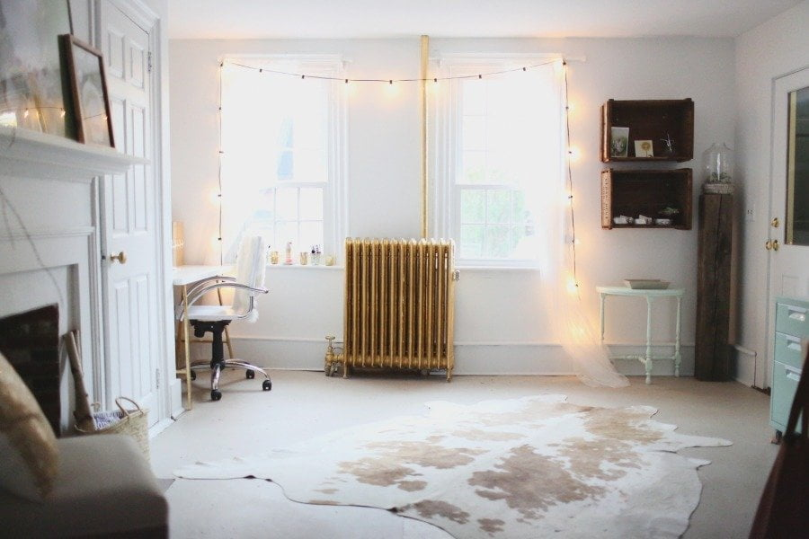 10 Minimalistic Decor Ideas For Small Spaces (or a Tiny House) | Get ...