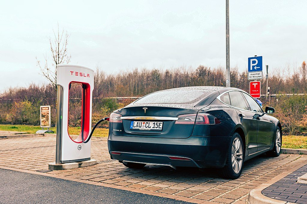 Tesla Model S at Supercharging Station - 9 Proven Tips to Extend Your EV Battery Lifespan