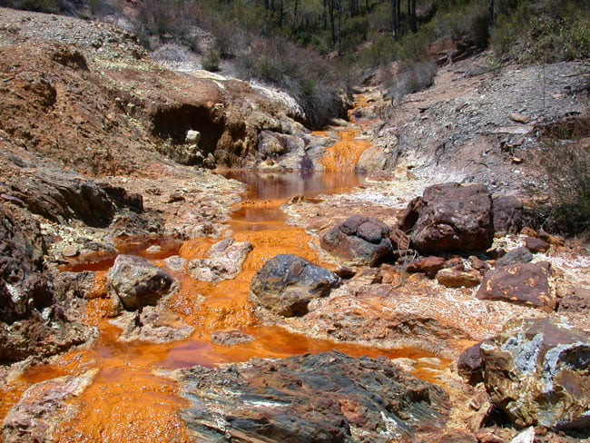 Rio Tinto River in Spain Polluted By Mining